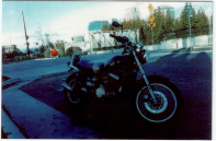 My ghetto Motorcycle, i rode to downtown for good pics